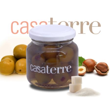 Aceitunas rellenas con avellanas en almíbar Casaterre